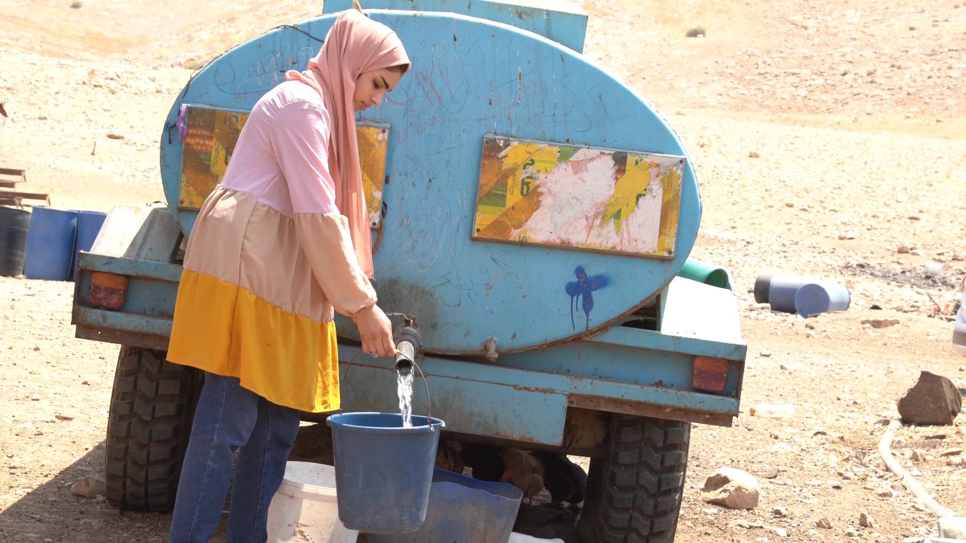 Deposito de agua para la poblacion beduina en Cisjordania.